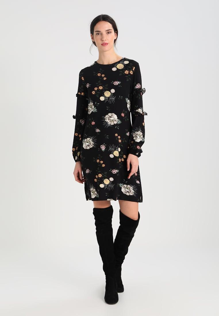 Abito nero con stampa tapestry Dorothy Perkins abbigliamento da comprare saldi invernali 2018