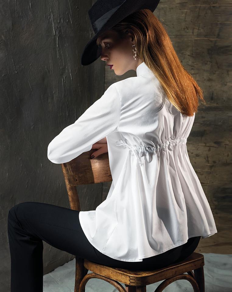 Camicia con drappeggi sulla schiena Nara Camicie catalogo 2018