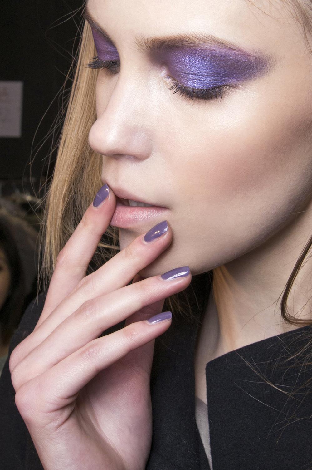Unghie e occhi Ultra Violet