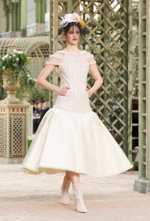 Abito da sposa midi svasato Chanel haute couture primavera estate 2018