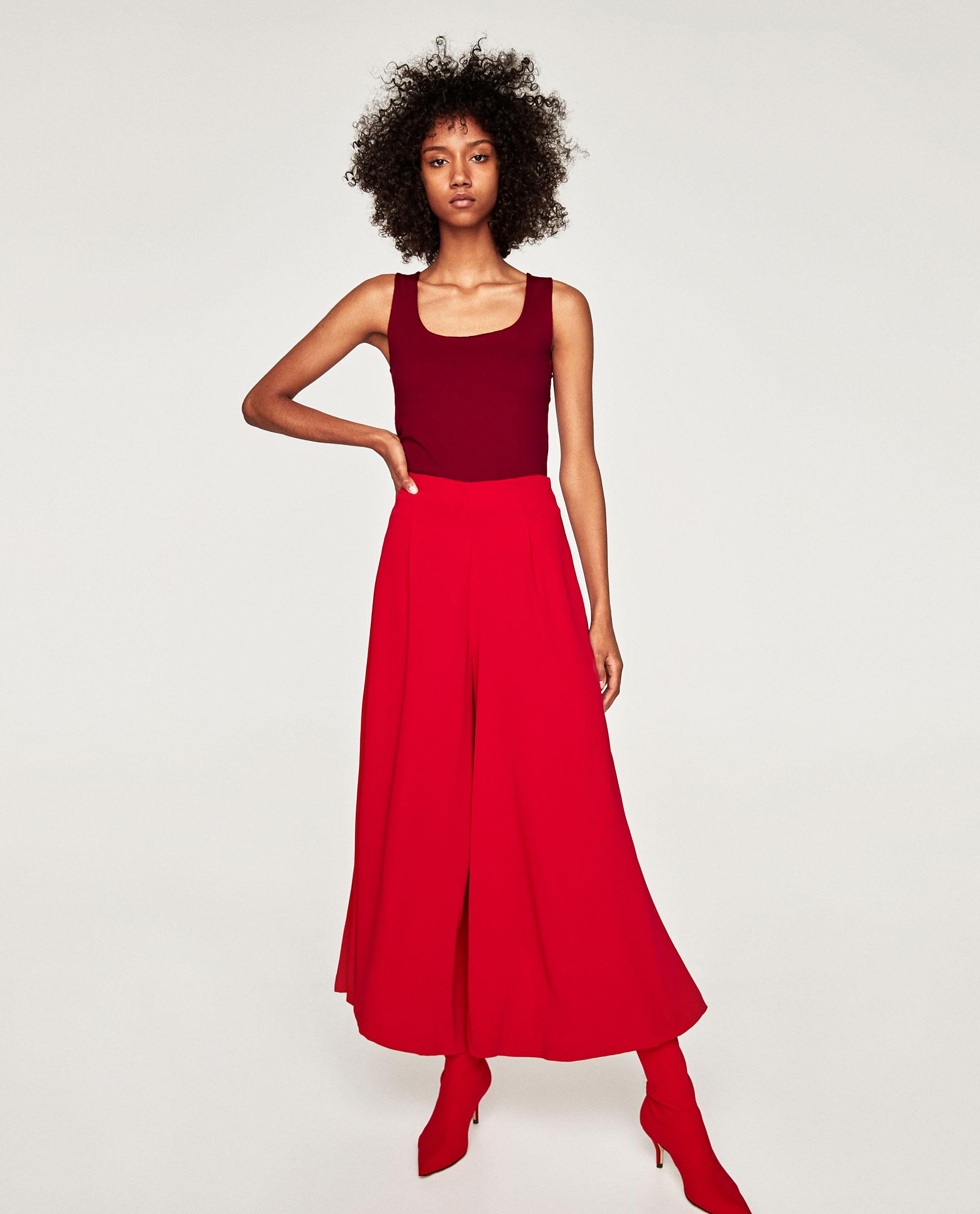Top rosso senza maniche Zara collezione primavera estate 2018