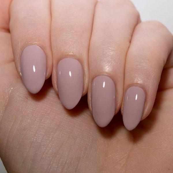 Unghie gel rosa nude