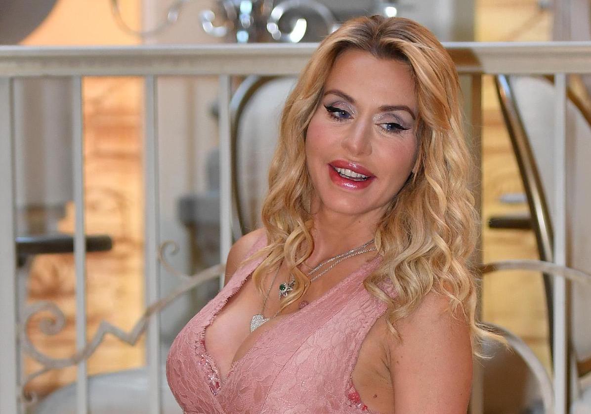 Valeria Marini rivela: Voglio avere un figlio e lo avrò