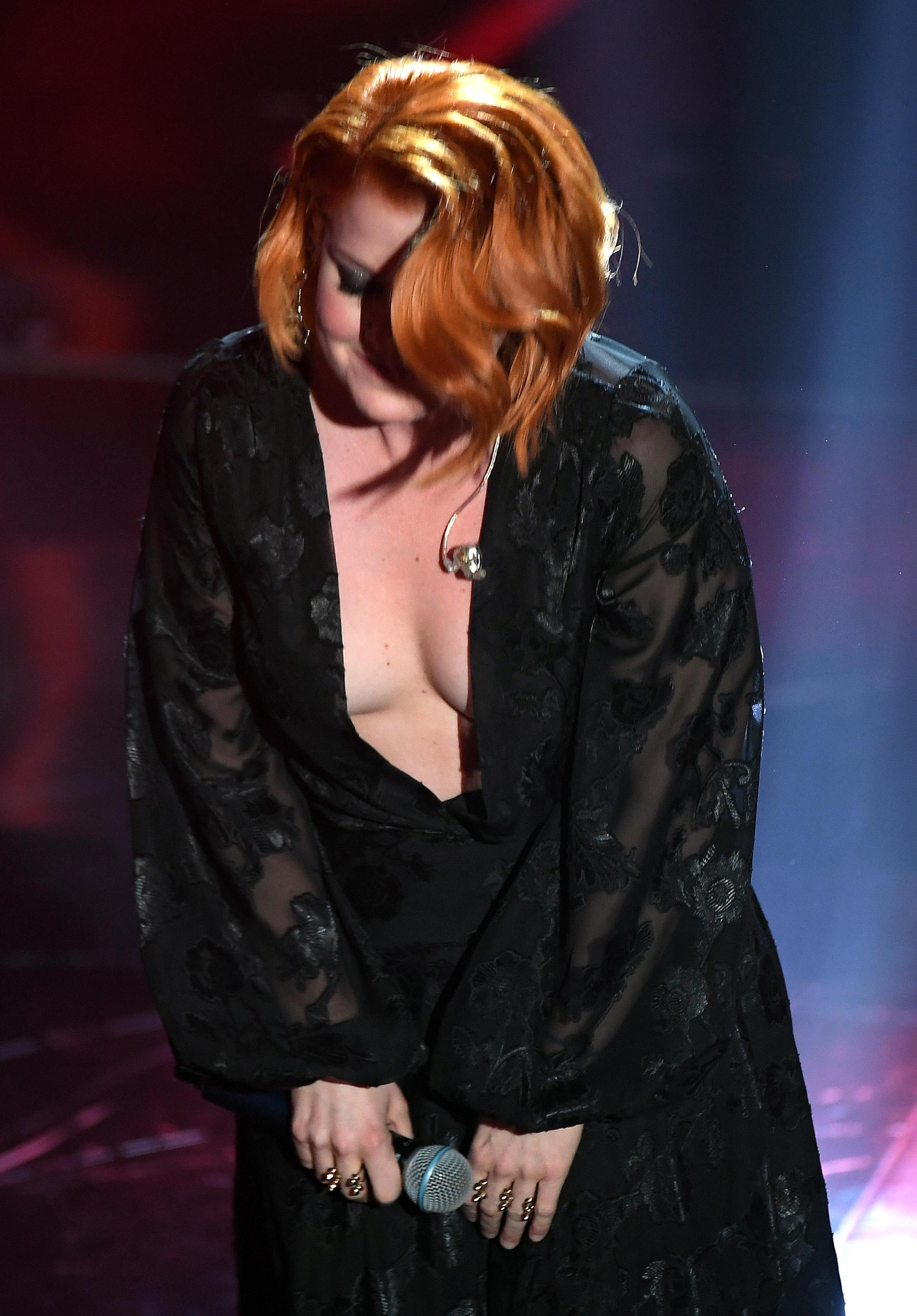 incidente sexy noemi sanremo 2018