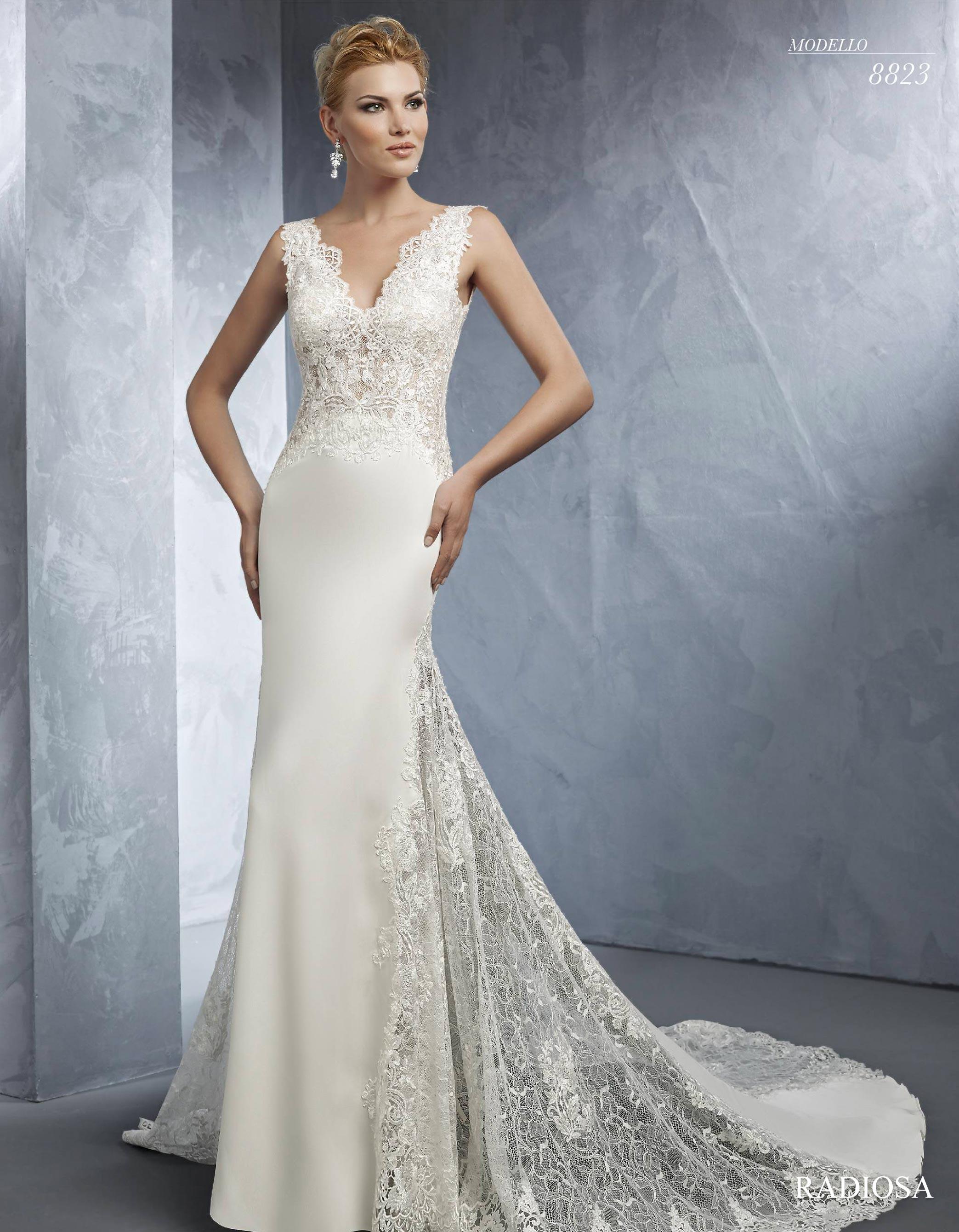 Vestito da sposa a sirena in pizzo e seta Radiosa