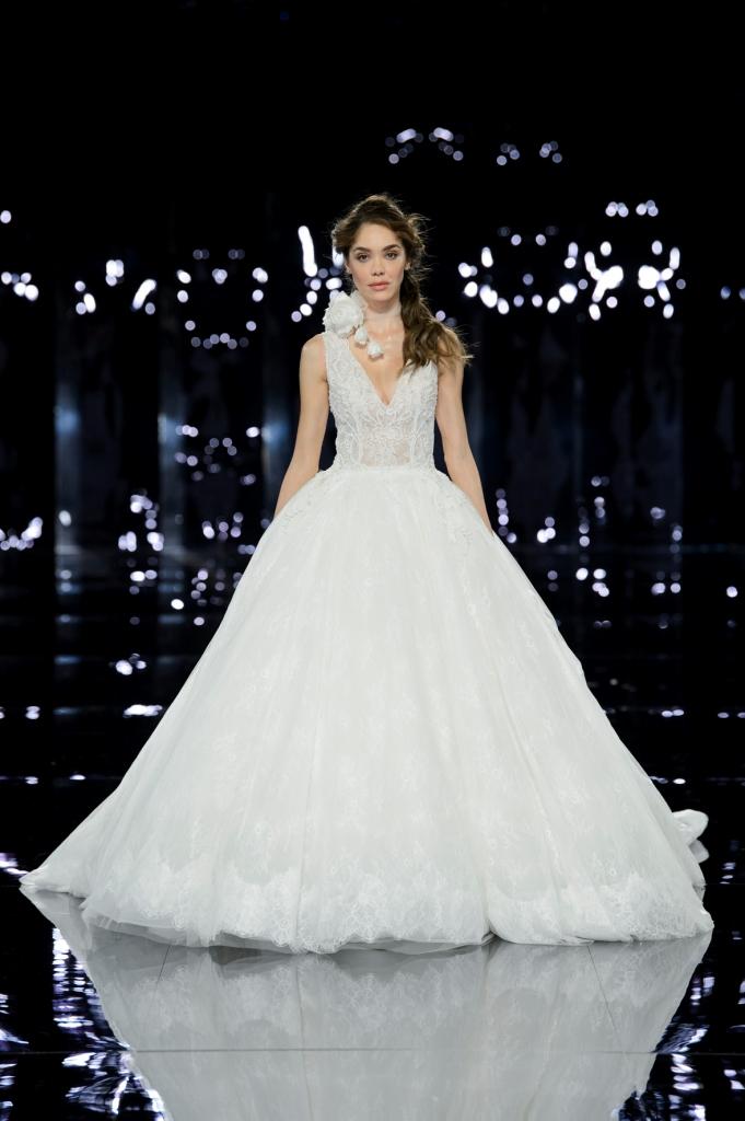 Abito da sposa da principessa Nicole Spose