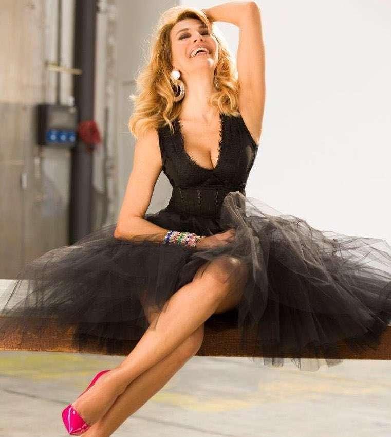 Barbara DUrso elegantissima con un abito in tulle