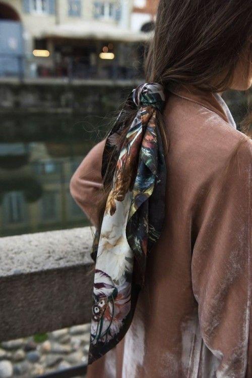coda cavallo bassa foulard 2018