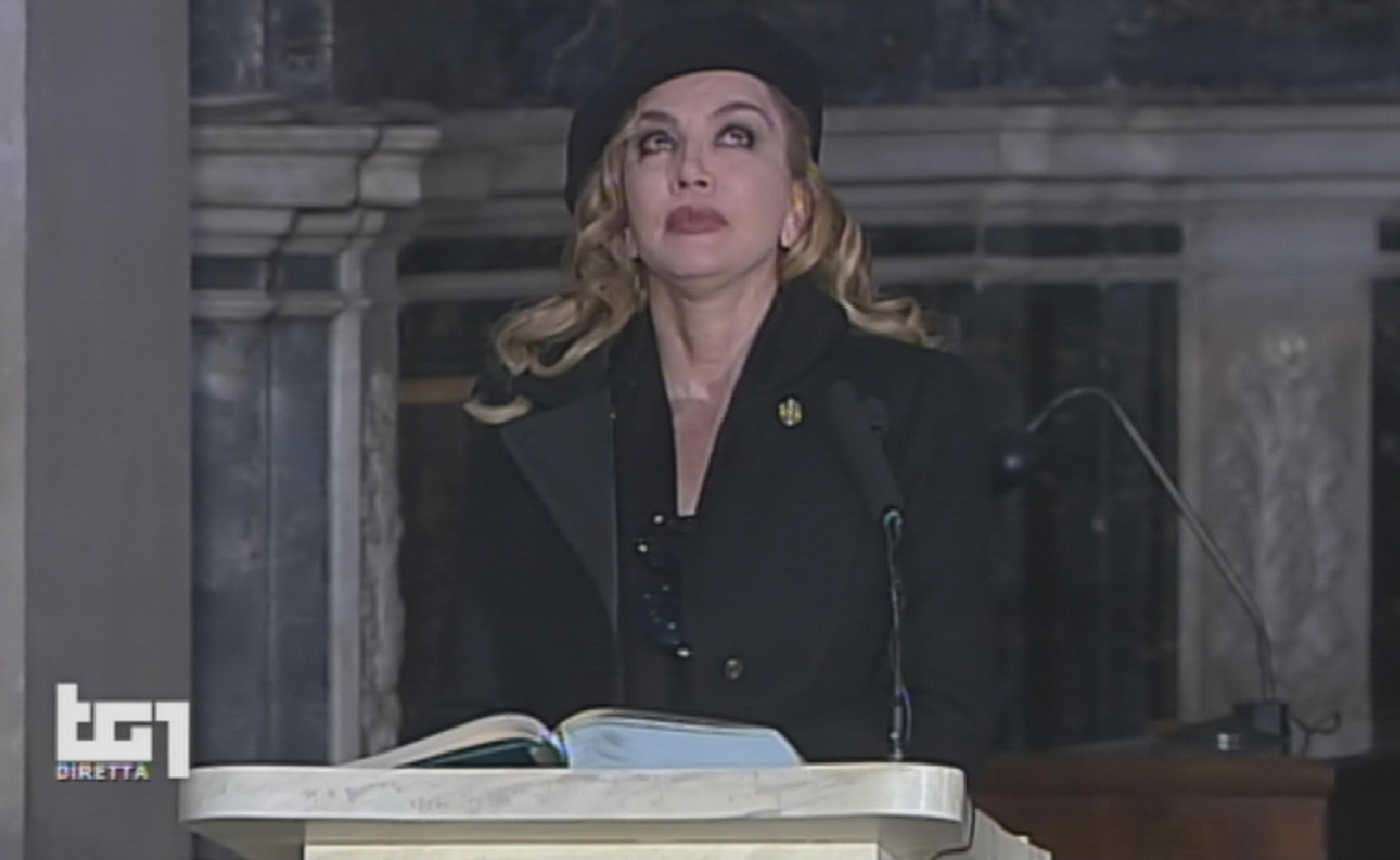 Milly Carlucci: 'Vorrei che Carlotta Mantovan venisse a lavorare in Rai'