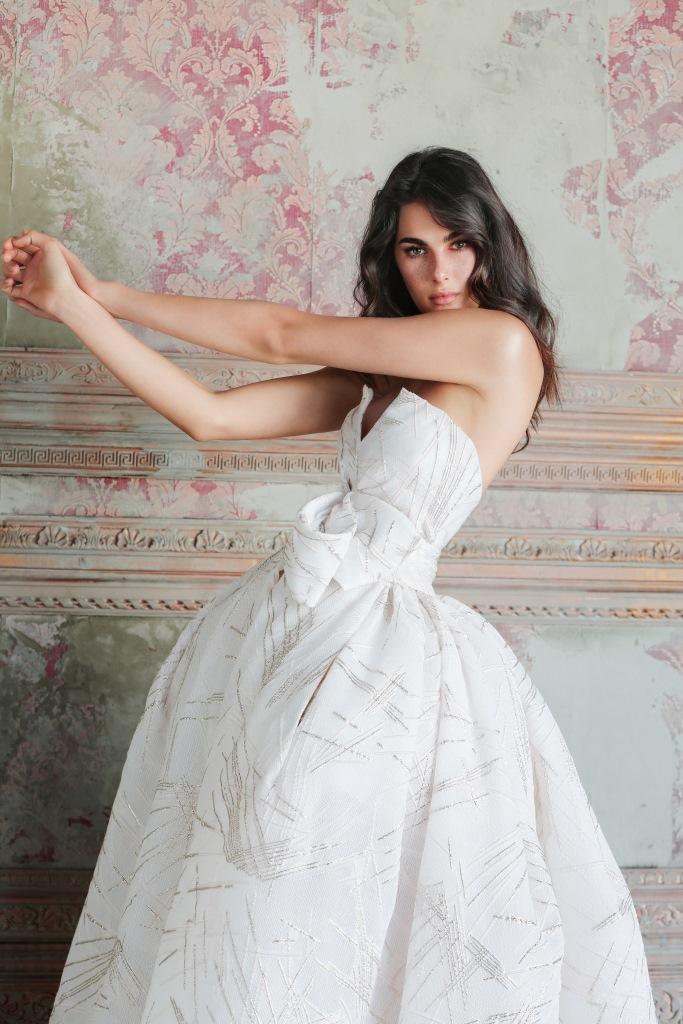 Abito da sposa Valeria, collezione Antonio Riva Gold Label