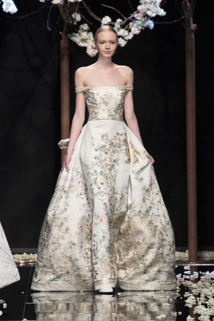 Abito da sposa con dettagli oro Antonio Riva Gold Label