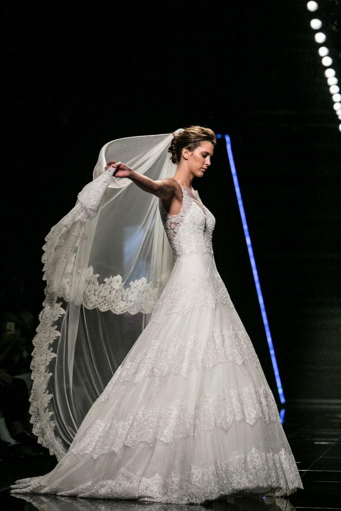 Abito da sposa da principessa Enzo Miccio