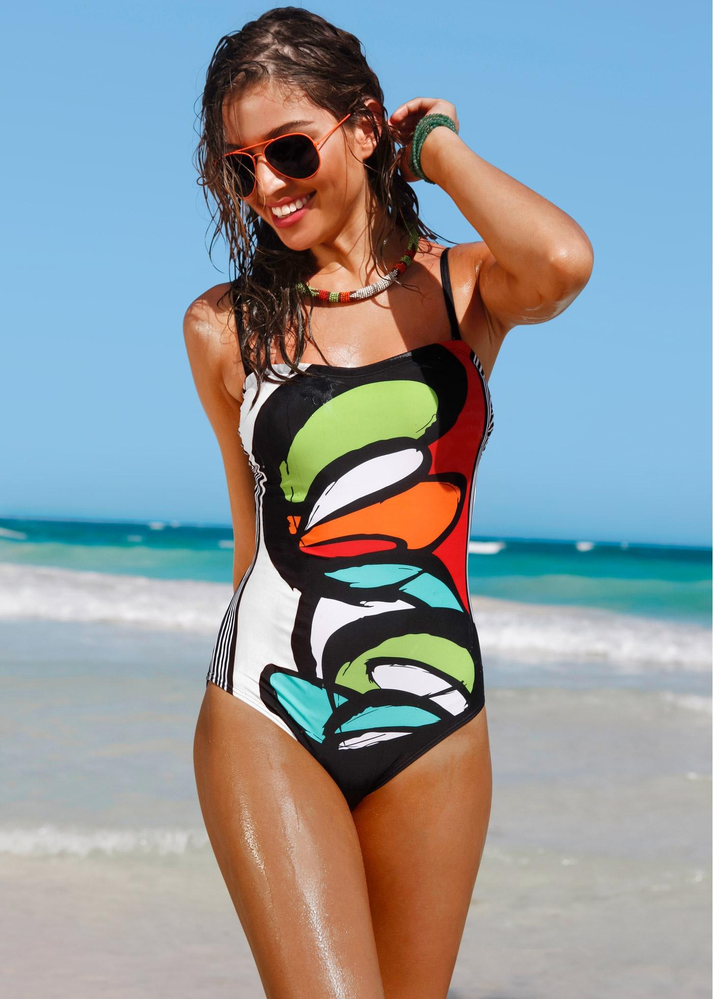 Costume intero Bonprix stampato a 29,99 euro
