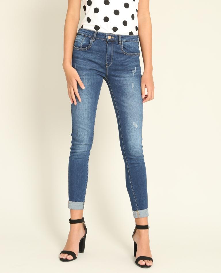 Jeans alla caviglia a 29,99 euro