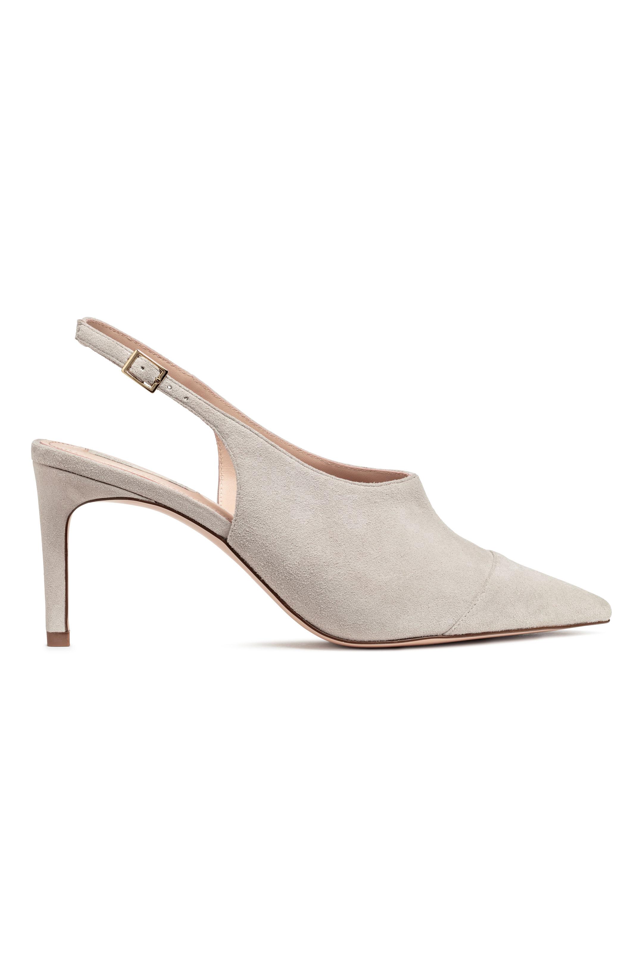 Scarpe a punta scamosciate H&M al prezzo di 49,99 euro