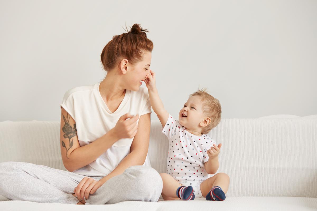 Mamma col bambino piccolo