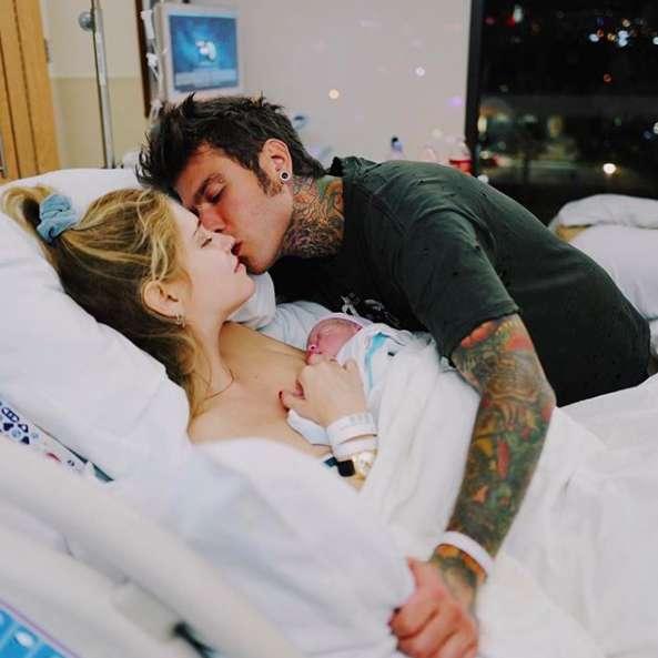 Leone Lucia Ferragni compie un mese, la gioia di mamma Chiara e papà Fedez