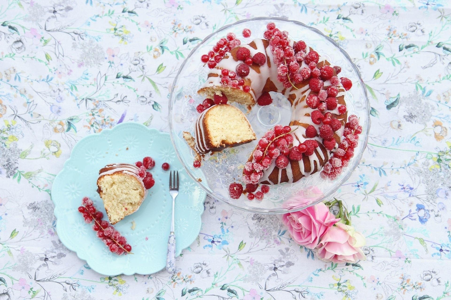 torta con uva spina
