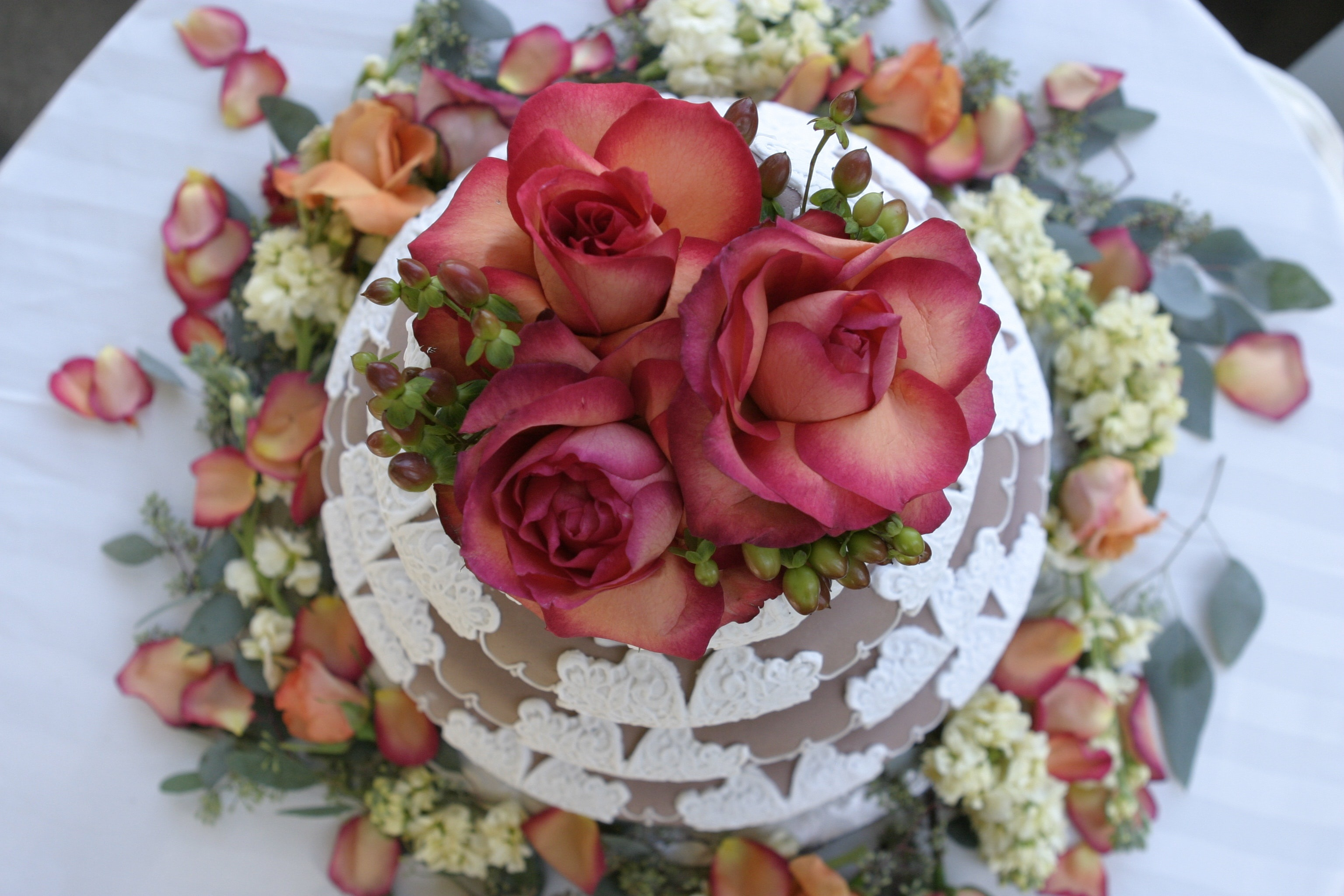 torta cresima cacao e rose