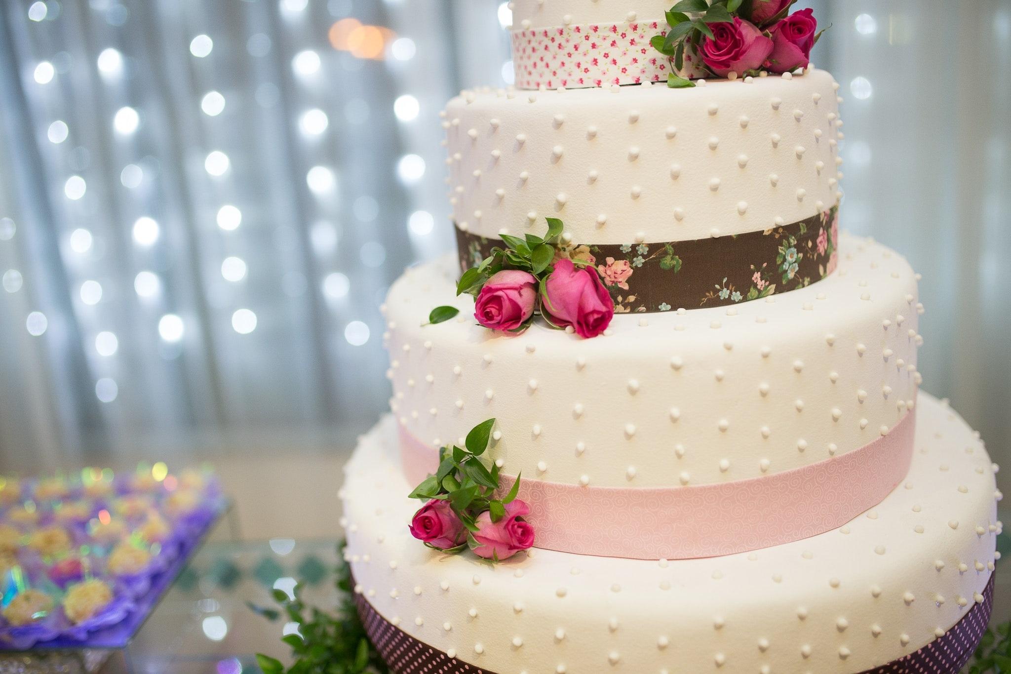 Idee Per Decorare Una Torta torte per la cresima, le creazioni più belle per un giorno