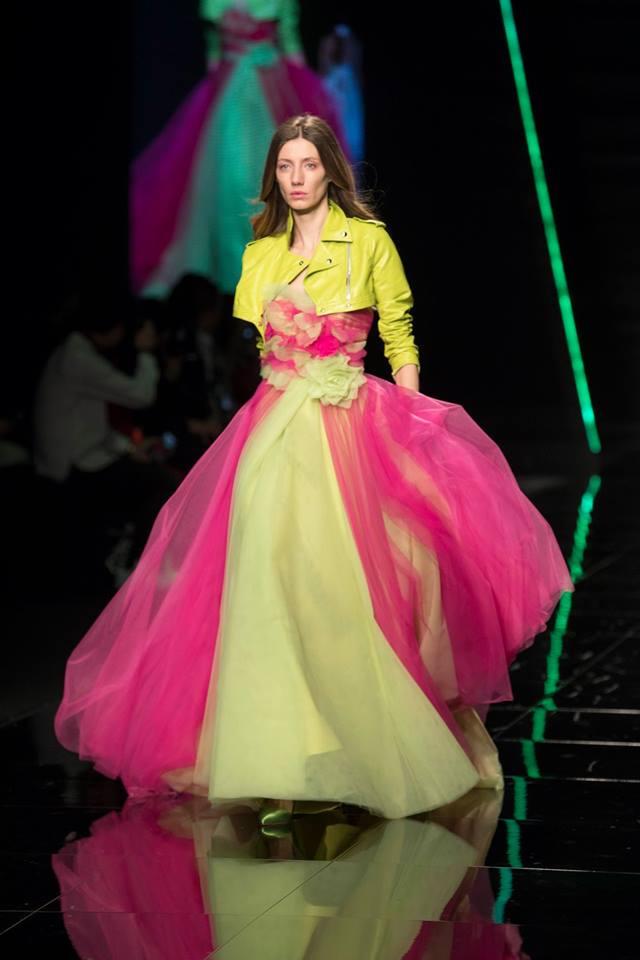 Abito da sposa colorato Elisabetta Polignano