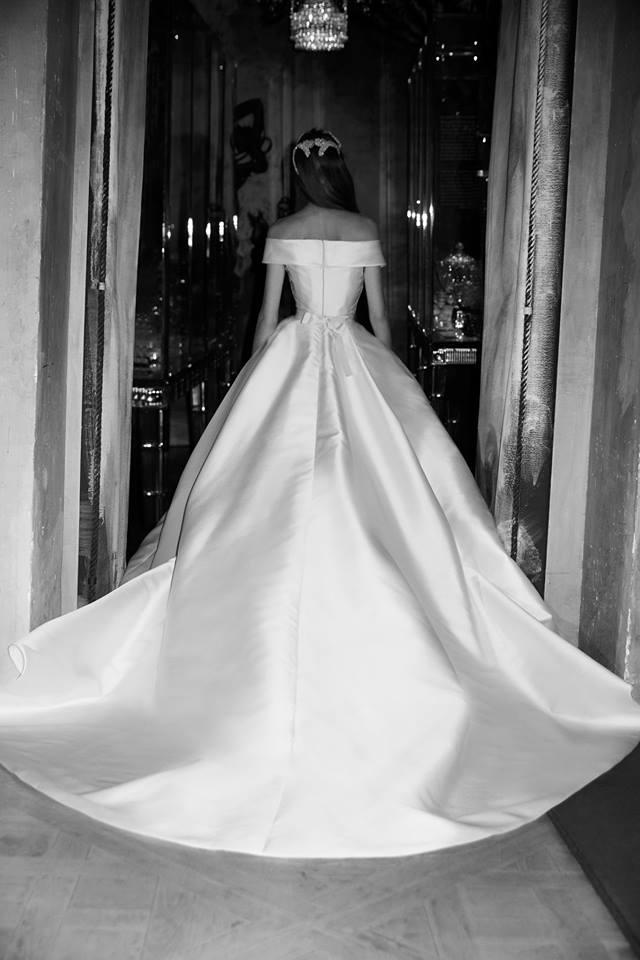 Abito da sposa in mikado di seta