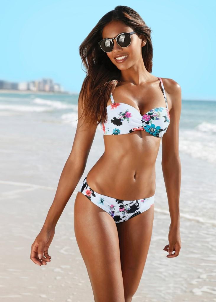 Bikini a fiori Bonprix