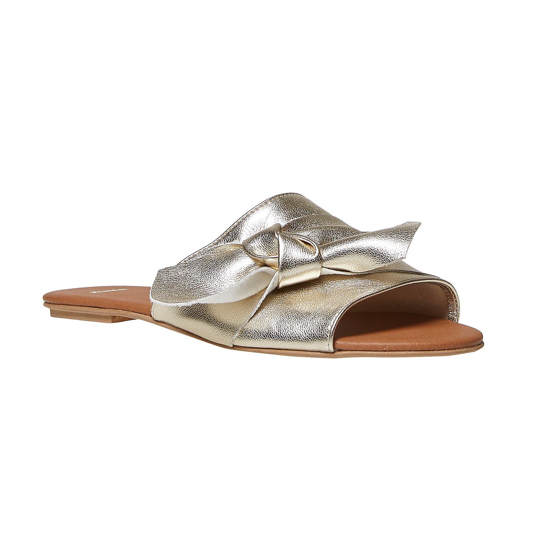 Sandali bassi Bata a 27,99 euro