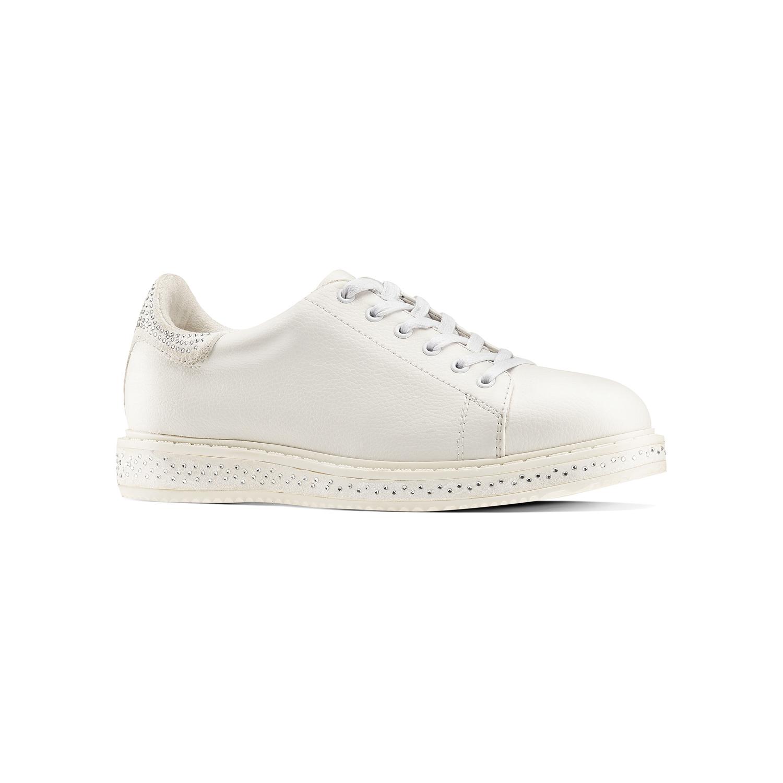 Sneakers donna basse con strass Bata a 39,99 euro
