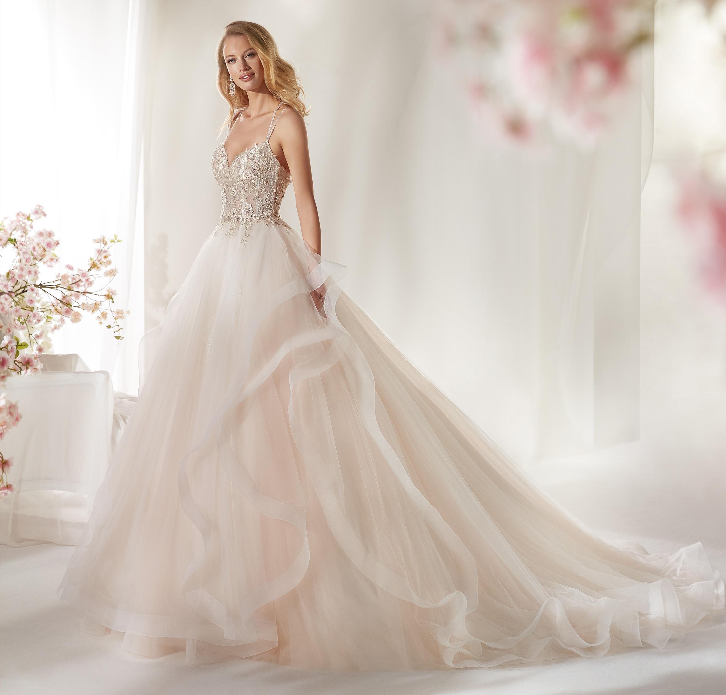 Abito da sposa rosa Colet