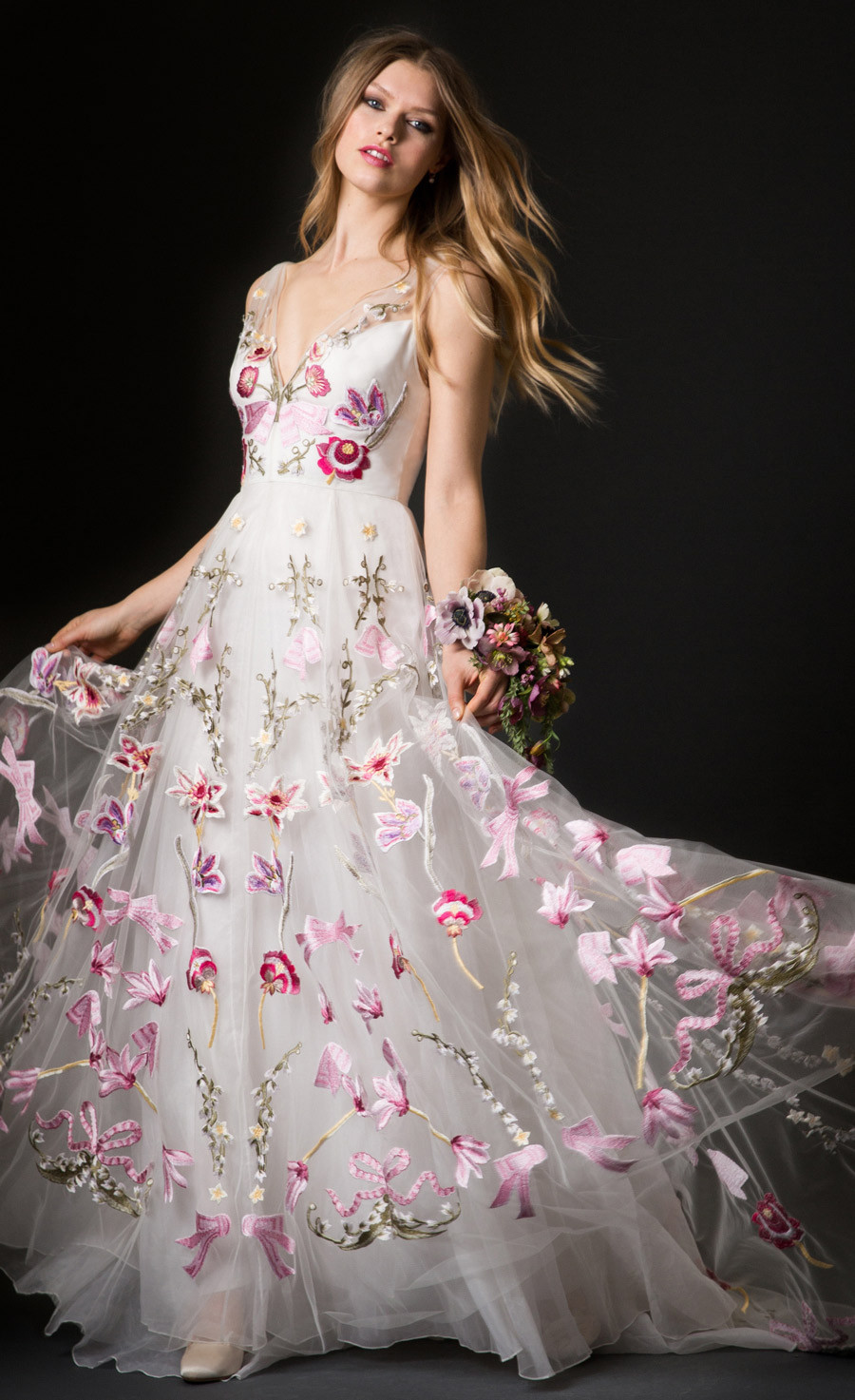 Abito da sposa colorato a fiori Temperley London