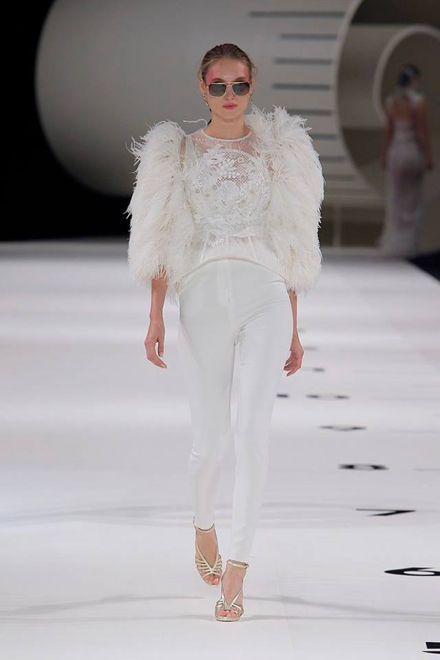 Vestito da sposa con pantaloni Yolan Cris