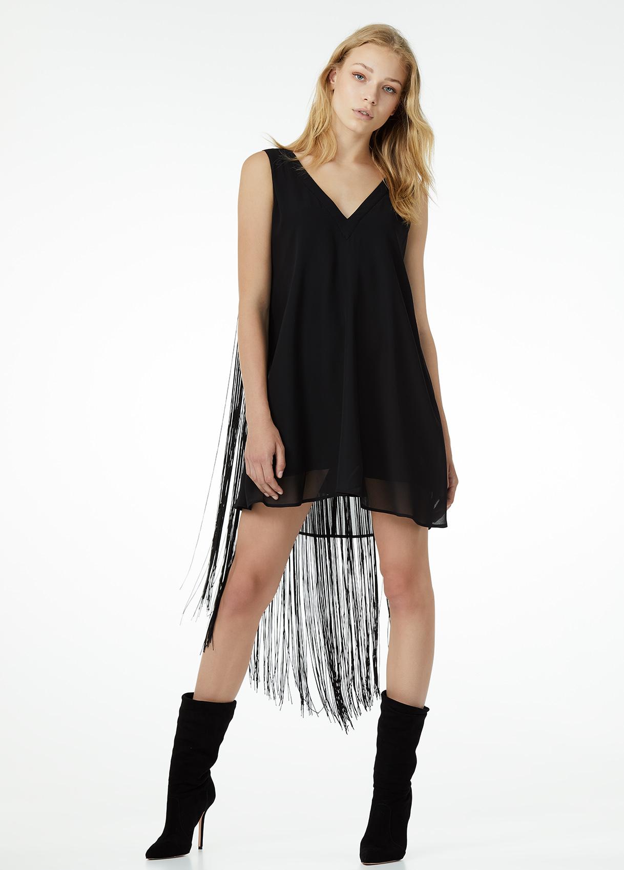 Vestito nero Liu Jo con frange a 159 euro
