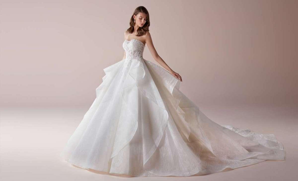 107d70ff64ac Abiti da sposa Romance 2019  la nuova collezione