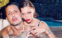 Fabrizio Corona nudo su Instagram, la foto accende la polemica