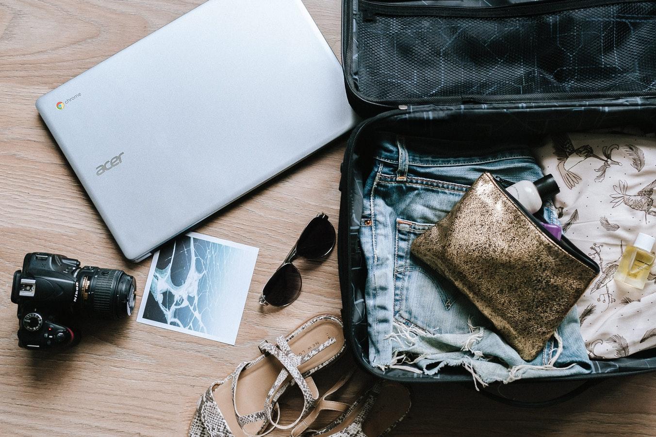 prodotti accessori beauty da mettere in valigia