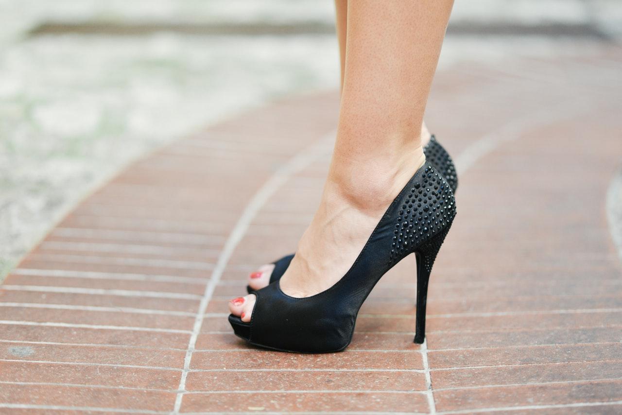 scarpe scomode