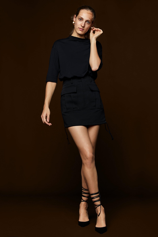 Minigonna con orlo regolabile Zara al prezzo di 49 b5425f2f7ed