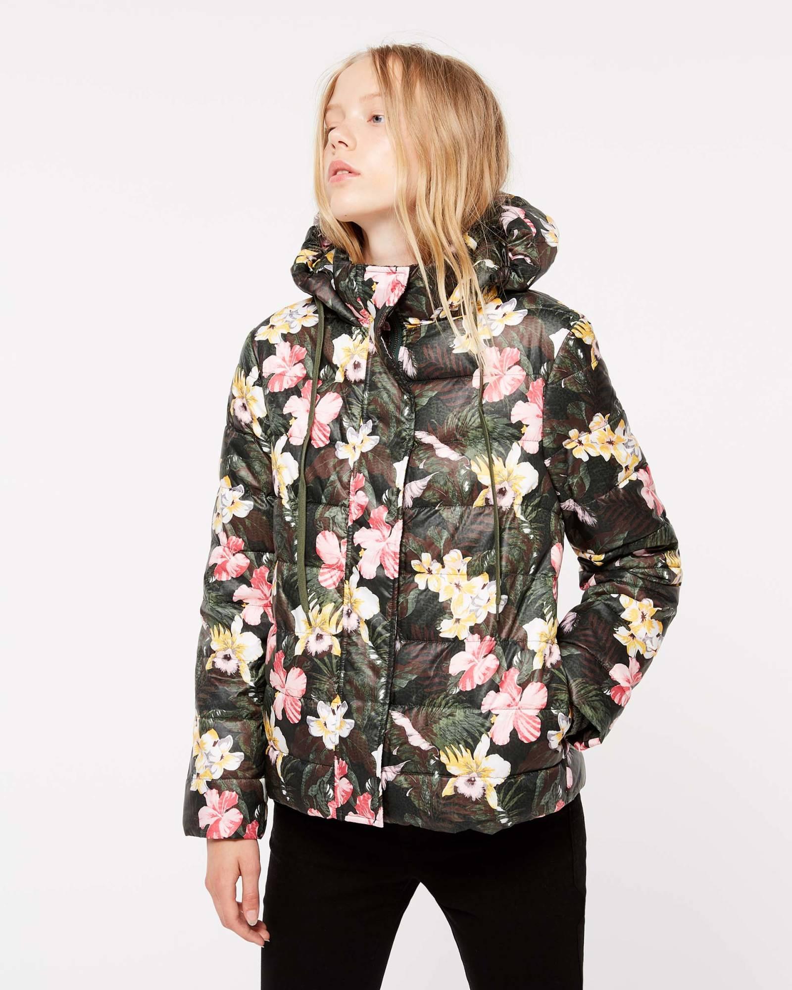 Piumino a fiori con cappuccio Sisley collezione autunno inverno 2018 2019