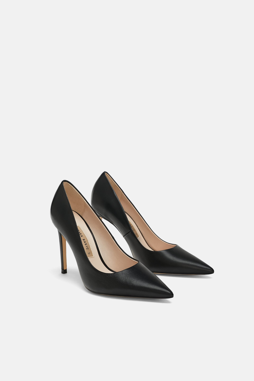 Scarpe con tacco alto Zara nere a 49,95 euro collezione autunno inverno 2018 2019
