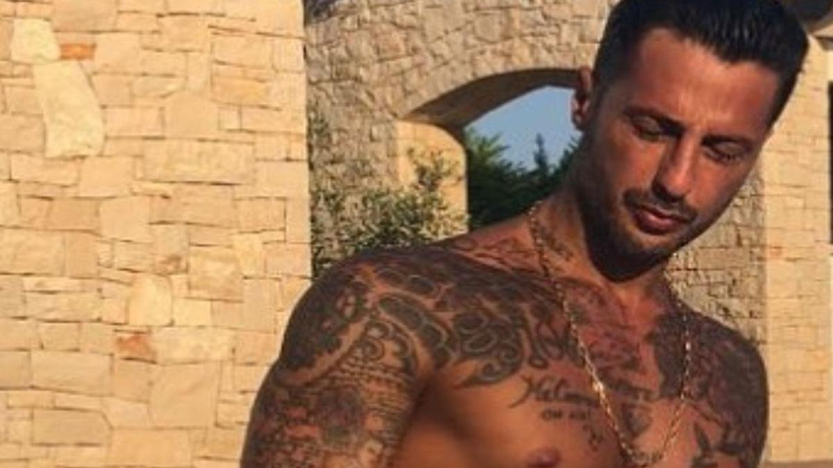 Il figlio di Fabrizio Corona, Carlos Maria, insultato su Instagram: 'Sembri la depressione in persona'