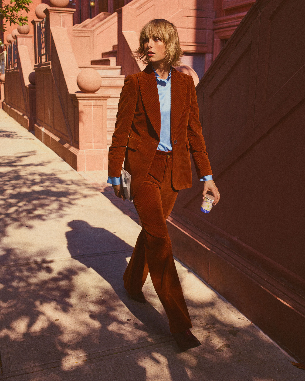 Blazer e pantaloni in velluto stile anni '70 Zara