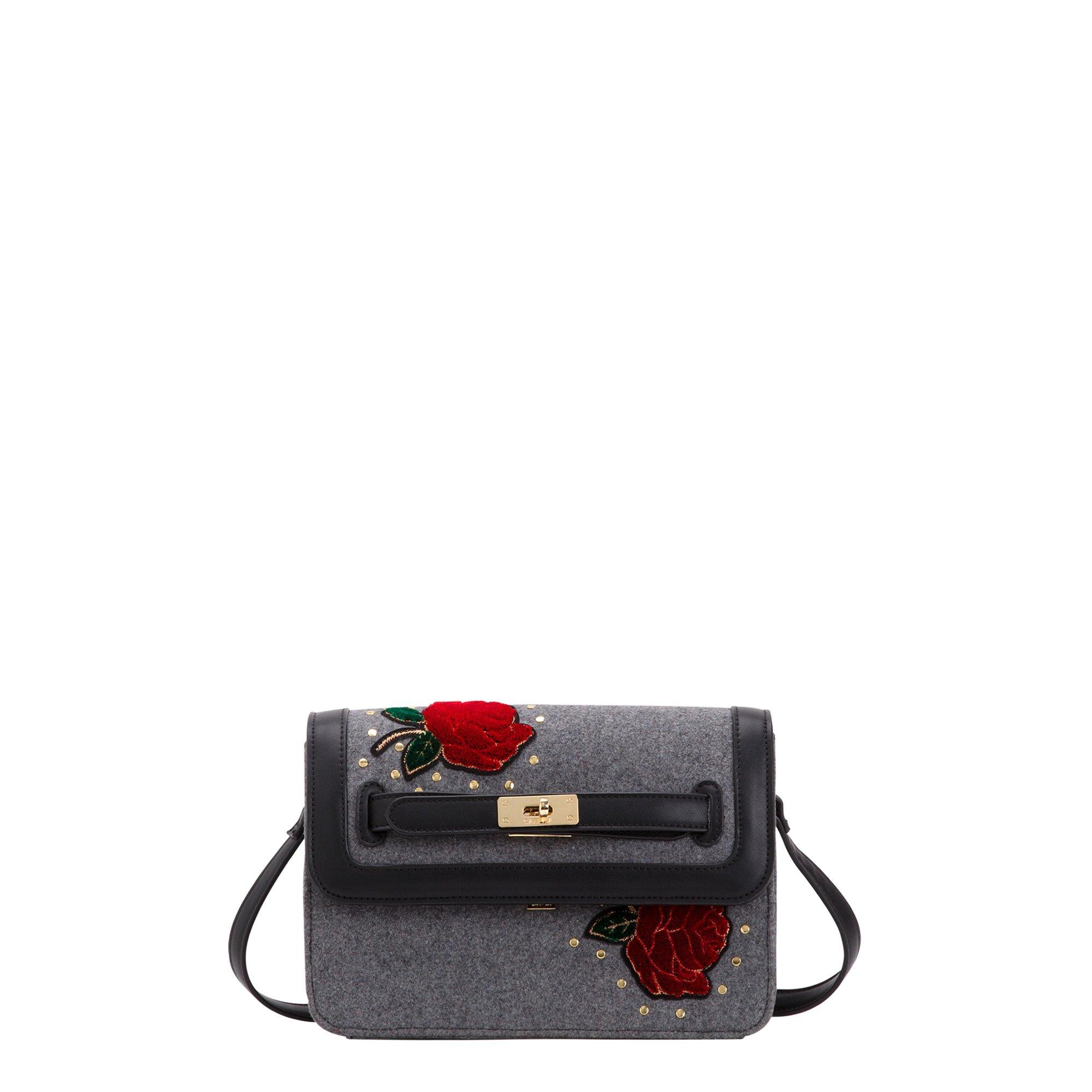 Borsa a tracolla a fiori con borchie Carpisa a 29,95 euro inverno 2019