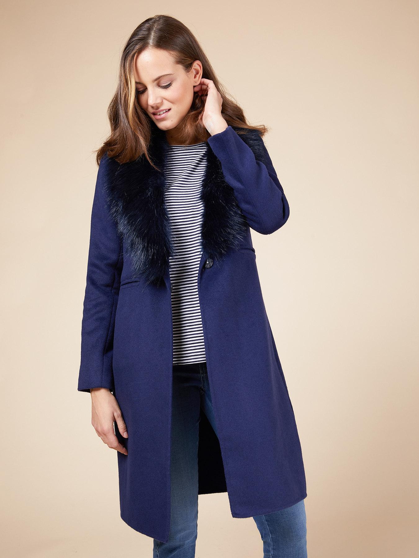 Cappotto blu con pelliccia ecologica Oltre a 179 euro autunno inverno 2018 2019