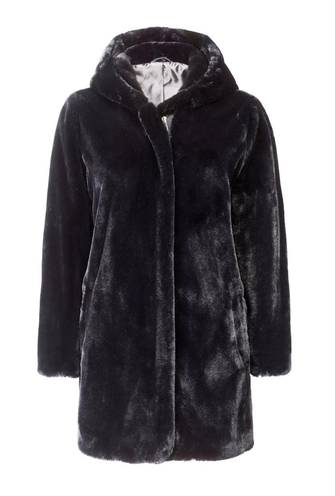 Cappotto in pelliccia ecologica nera Violeta by Mango inverno 2019