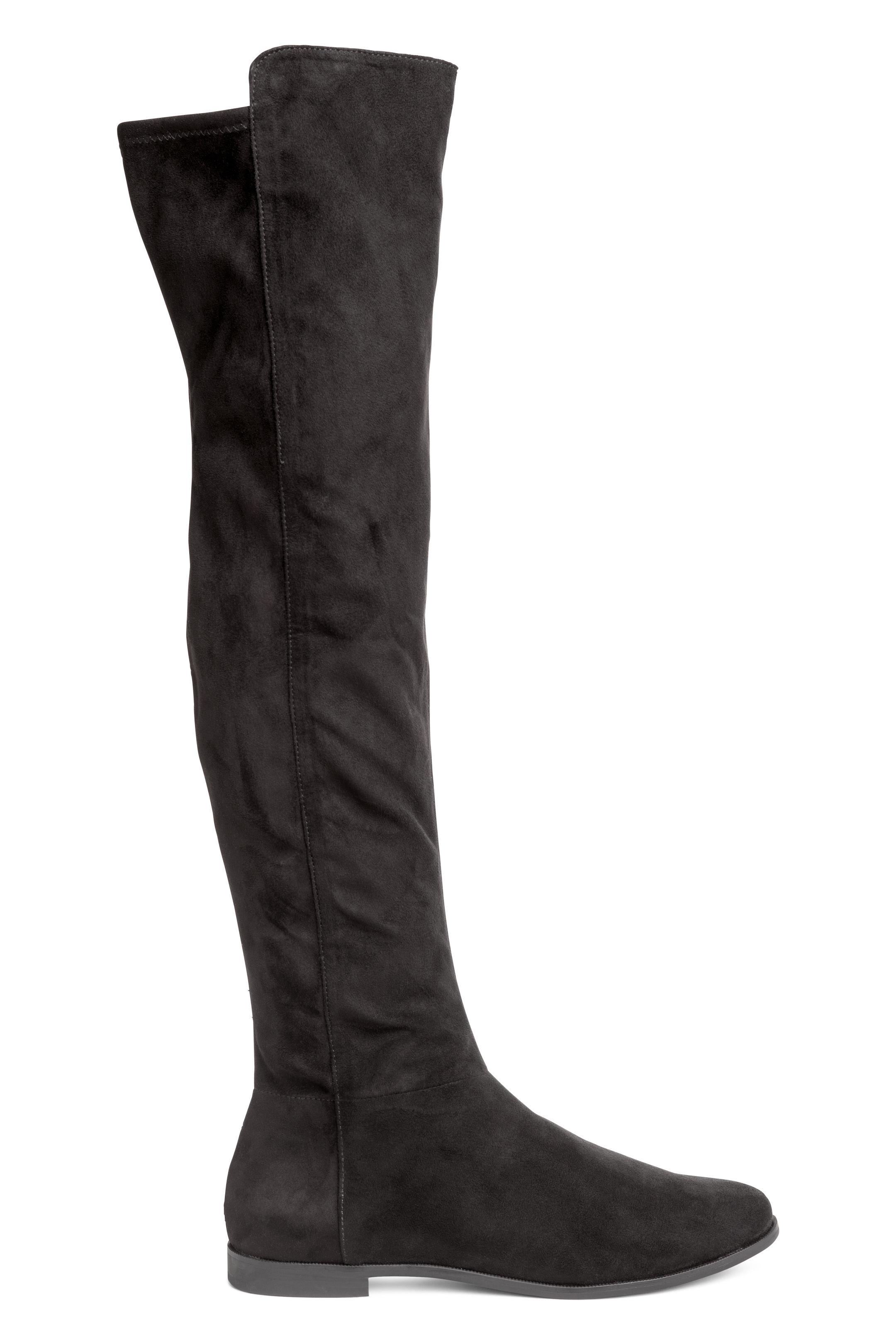 Stivali sopra al ginocchio senza tacco H&M a 49,99 euro inverno 2019