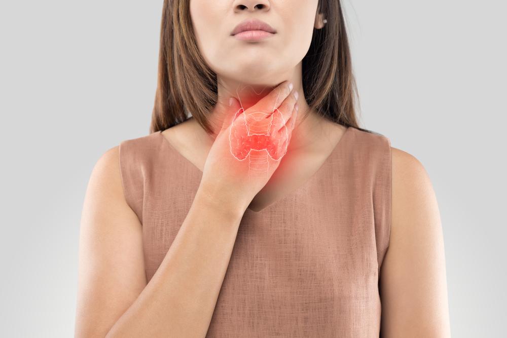 Tumore alla tiroide, i sintomi e le cause