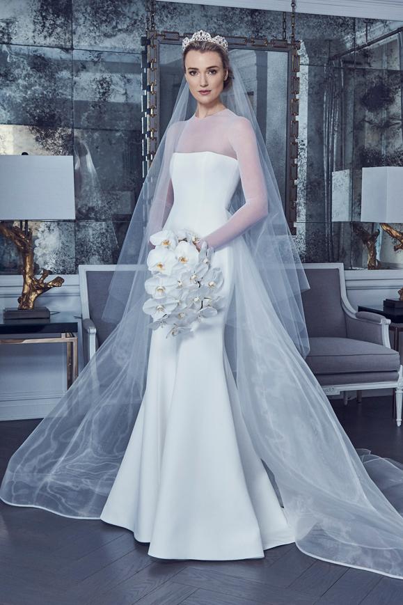 Vestito da sposa a sirena con maniche in tulle collezione 2019