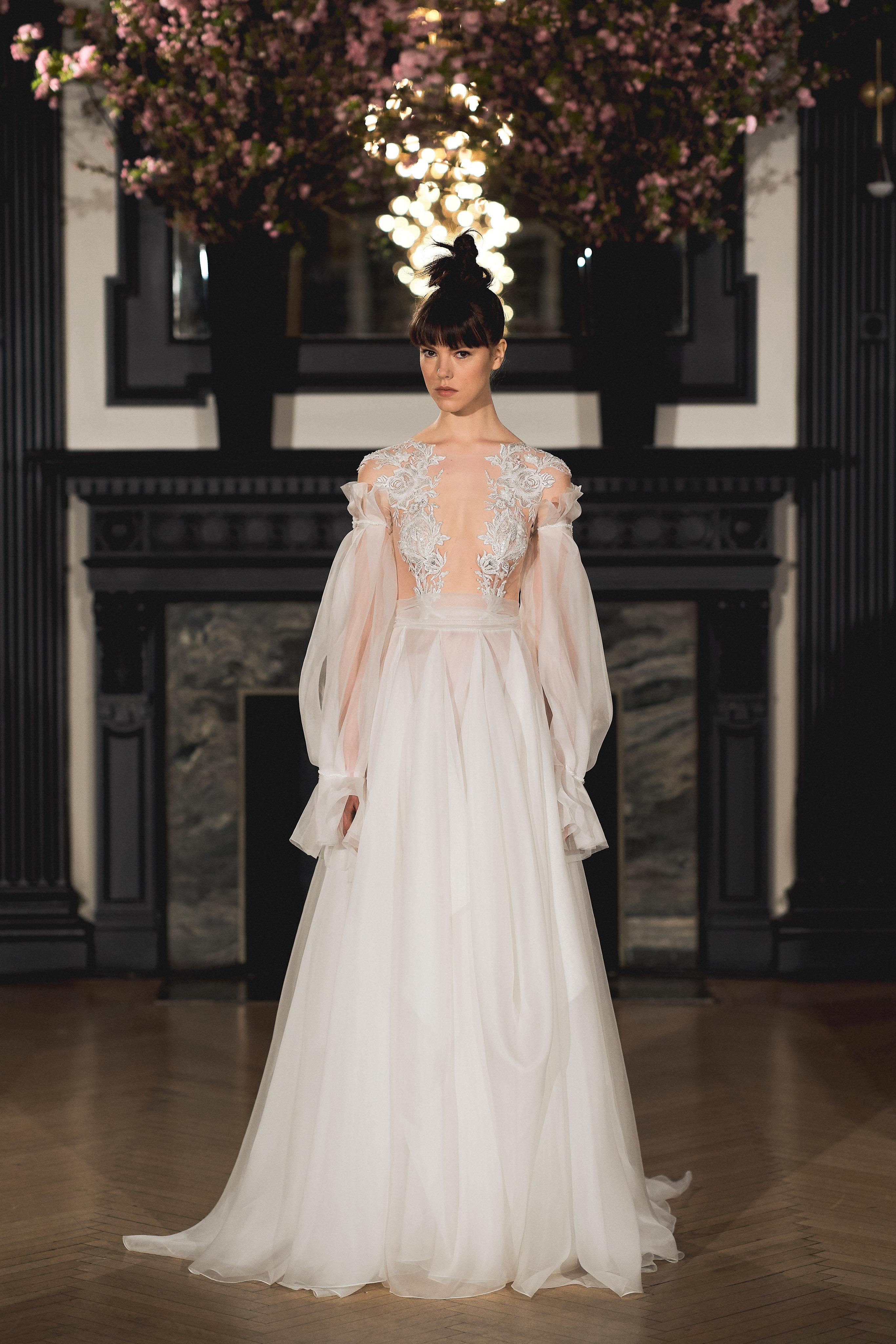 Abito da sposa in tulle con maniche Ines Di Santo collezione 2019