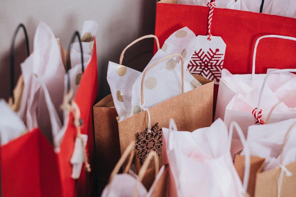 I regali più cool per Natale: idee economiche e non solo per le appassionate di moda